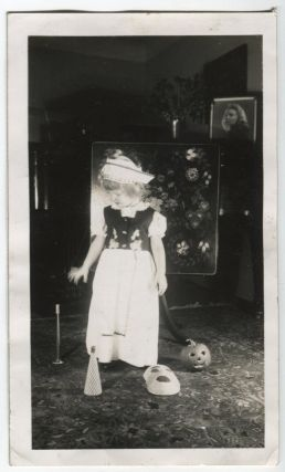 A VERY HALLOWEEN-IE PORTRAIT VINTAGE SNAPSHOT PHOTO