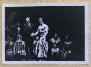 MALE BODY BUILDERS – SERGIO OLIVA (MR. OLYMPIA) AND FRANK ZANE (MR. AMERICA), 1968-1975 PHOTO...