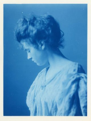 STUNNING CYANOTYPE OF A WOMAN c. 1900 LARGE PHOTO