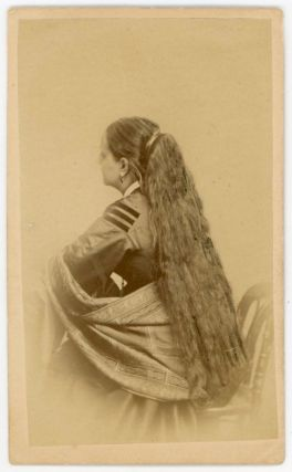 REAR VIEW WOMAN SHOWS OFF HER LONG HAIR CDV PHOTO c 1870s