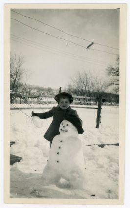 GIRL WITH SNOWMAN VINTAGE SNAPSHOT PHOTO