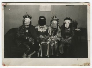 HALLOWEEN COSTUMES VINTAGE SNAPSHOT PHOTO